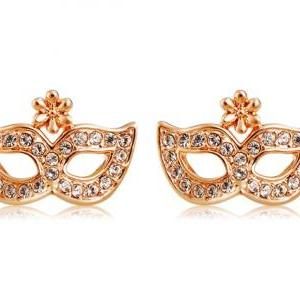 Rigant Sparkling & Stunning Eye Patch Design Crystal Rhinestone Decorated Earrings (Golden)